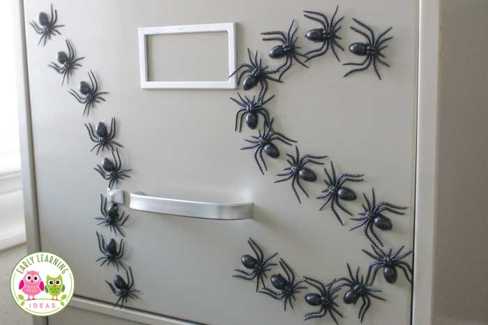 Check out these fun spider activities for your preschool and pre-k classroom. These are perfect if you are teaching spider theme, Halloween theme, or October unit and lesson plans. You will find simple ideas for spider learning activities like math, alphabet, and name activities. Plus you will find free printables....spider emergent reader. Spidery hands-on learning fun for your kids. #preschool #spideractivities #earlylearningideas #Halloweenactivities