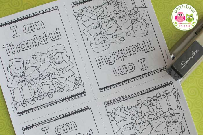 Your kids will love this free printable Thanksgiving emergent reader. Here are some fun ideas for your Thanksgiving theme unit or lesson plans in preschool, pre-k or kindergarten. More than turkey coloring pages, the easy to assemble books features simple sentences, pictures and even writing opportunity. Add the Thanksgiving books to your literacy learning centers today and teach about gratitude. #preschool #thanksgivingactivities #prek #thanksgivingliteracy