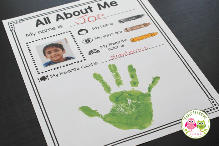 Here is a fun activity idea for your all about me theme unit and lesson plans in preschool and pre-k. Kids will love this free printable that is simple enough for your students in an early childhood setting. A great activity for the beginning of the year literacy center. Bind the pages into a class book to share during circle time or in your classroom library. Help kids to get to know each other during the first week of school #preschool #earlylearningideas #beginningoftheschoolyear