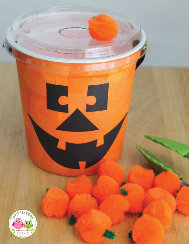 Check out these fun and exciting fine motor activities for fall. Perfect for kids and your Halloween theme, pumpkin theme, or fall theme unit and lesson plans in the preschool and pre-k classroom. These pumpkin theme activities are great for the occupational therapy room as well. Keep little hands busy with these pumpkin activities. #preschool #prek #pumpkinactivities #finemotoractivities #halloweenactivities