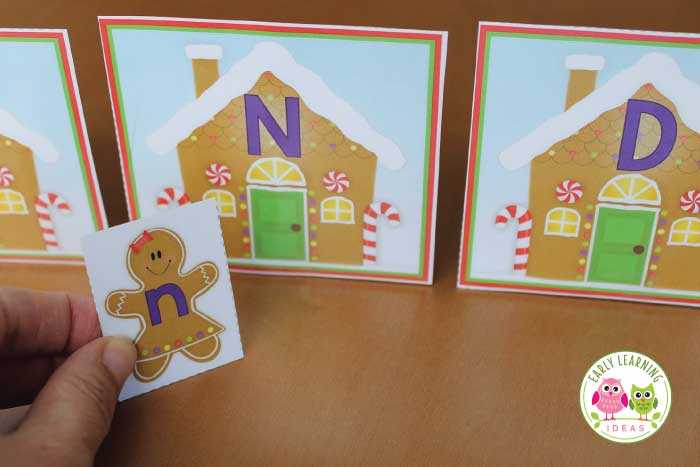 Kids will enjoy this free gingerbread man printable alphabet activity. Several ideas for fun, hands-on alphabet and beginning sound activities are included. This is a perfect addition to you gingerbread man theme, gingerbread preschool theme, or Christmas holiday theme unit or lesson plans in your preschool or pre-k classroom. A great addition to a Jan Brett book study, your kids will love these ginger bread activity ideas. #preschool #gingerbreadactivities #prek #gingerbreadtheme