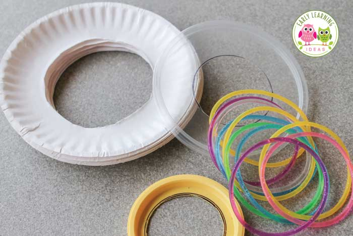 Here is an easy craft for kids. Make simple dancing ribbons on a budget with a few simple supplies. This is a cute party activity and the ribbons can be used for dancing, math and literacy activities. Perfect for kids in preschool, pre-k, and kindergarten. Valentine's Day party activity, birthday party activities, Christmas party activities. Use the dancing ribbons for counting syllables in words, making shapes and letters, counting activities and movement activities during circle time.