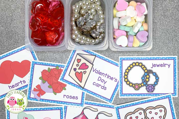 Are you looking for fun winter math activity ideas for your preschoolers? Click to find LOTS of great ideas to help you easily create a winter-themed weighing station today. Set up a weigh station in your #STEM center or science center. Kids love playing with the materials along with a balance or bucket scale. Ideas for your snow theme, winter theme, snowman theme, and even Valentine's day theme unit and lesson plans in #preschool and #prek.