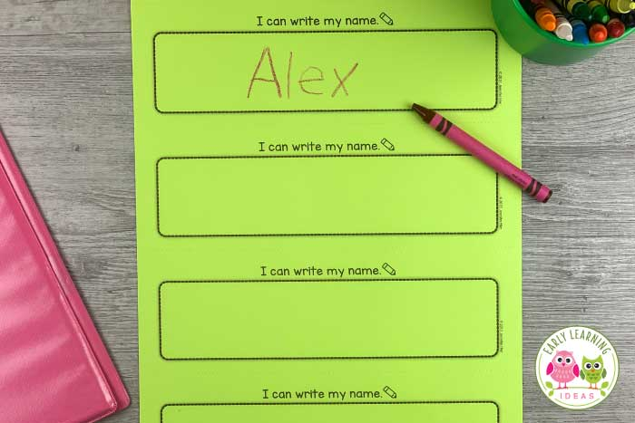 From helpful hints to ideas for name writing activities for your preschool kids, this step-by-step guide will help you teach your kids to write their names. Find lots of ideas for name practice that are simple and motivating and fun. Steps include name recognition, name spelling, name tracing, and finally, name writing.