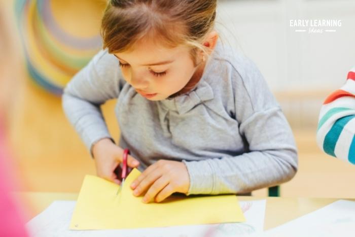 child using scissors safely