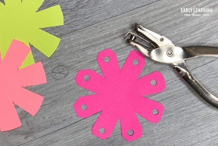 scissor skills and fine motor activities for preschoolers