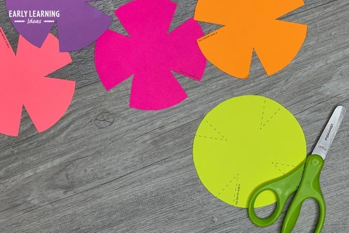 easy cutting practice activity for preschoolers